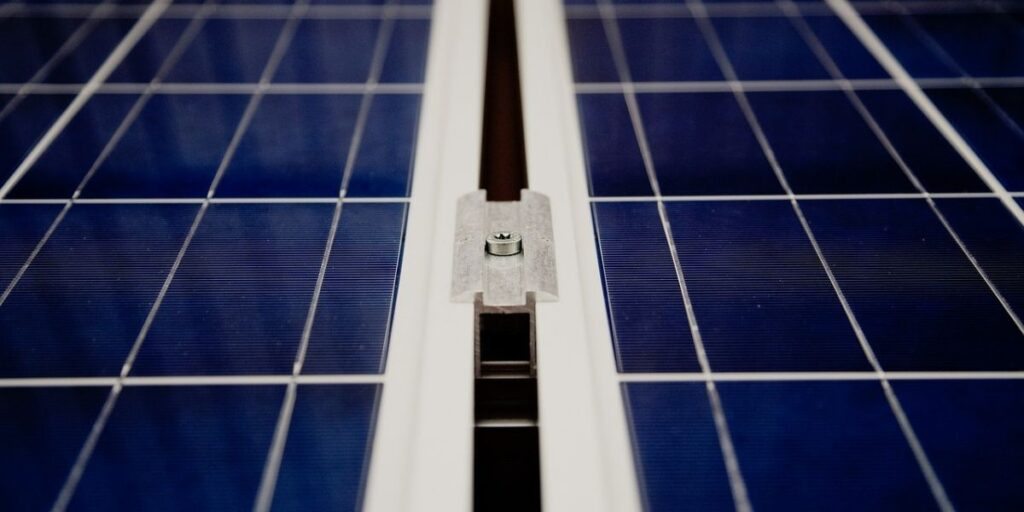 How Many Solar Panels Are Needed To Power A House